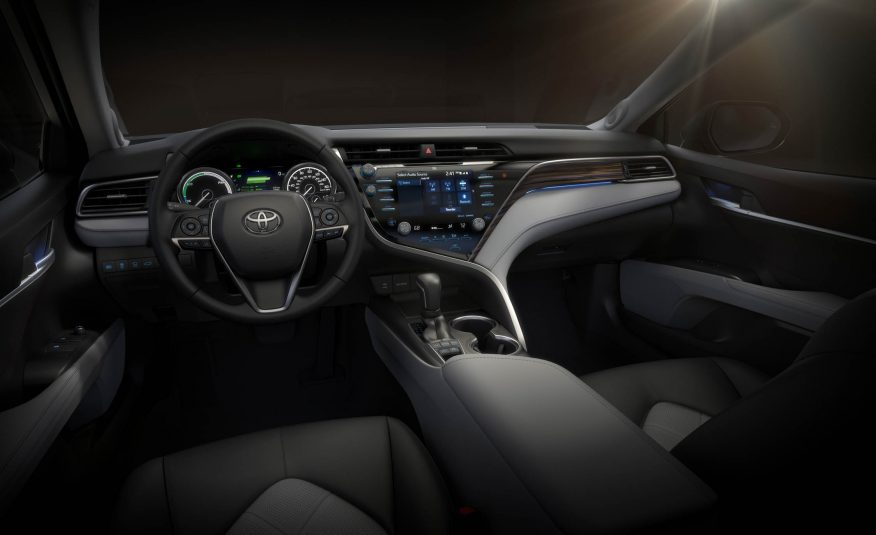 2018-Toyota-Camry-110-876x535.jpg